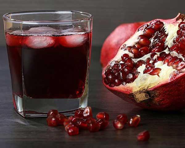 Granatäpple och granatäpplejuice - kan hämma bröstcancerceller och prostatacancer.